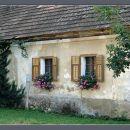 Prisrčna stara hiška