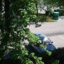 Pogled na petkico, tako pazim, da je vedno na parkirnem prostoru