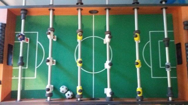 Ročni nogomet, cena: 17 €